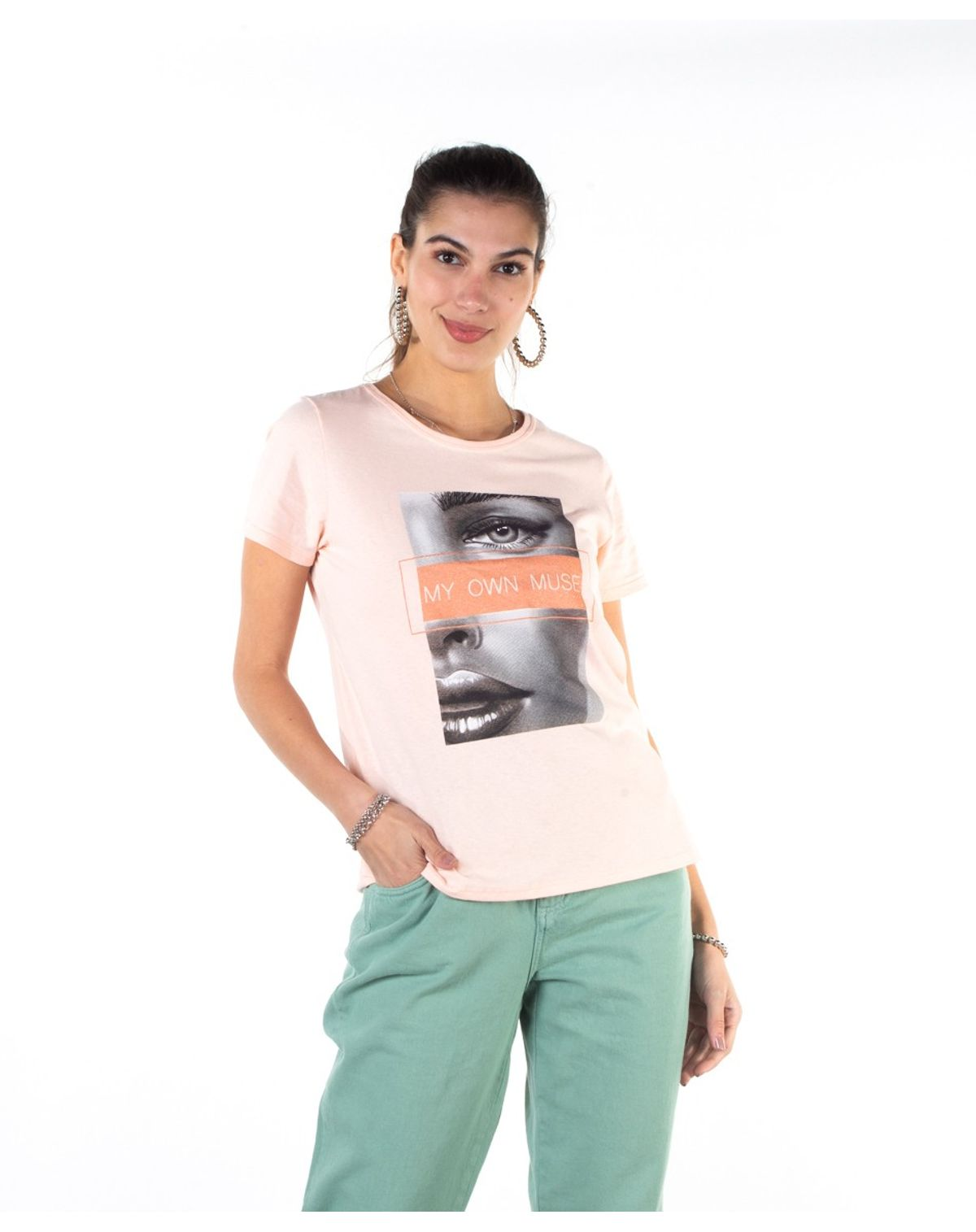 2050005932873-Camiseta-Feminina-Estampa-Frontal-Manga-Curta-ROSE-M-1