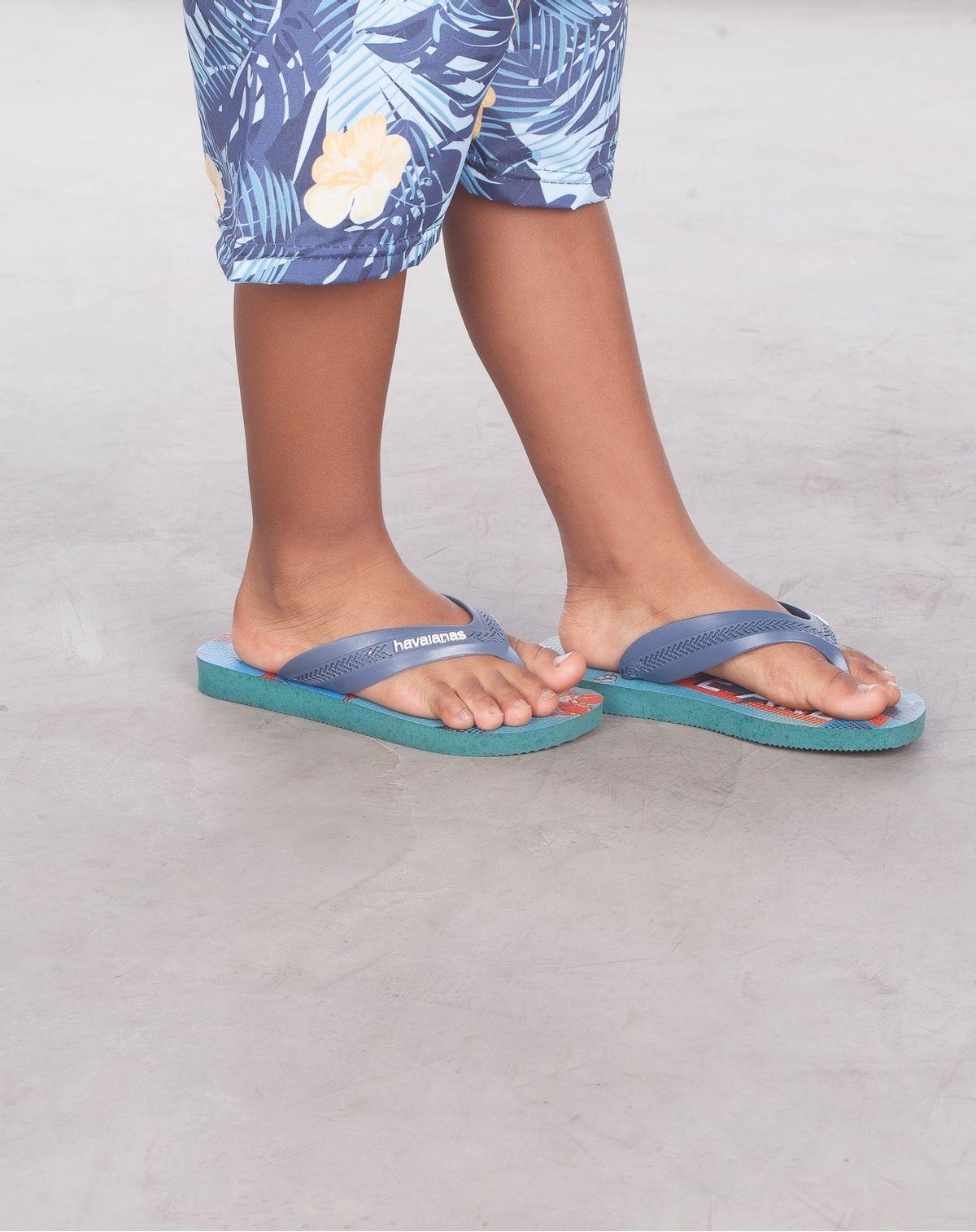 675050376018-Chinelo-Infantil-Menino-Havaianas-Kids-Max-Herois-VERDE-FOLHAGEM-29-0-1