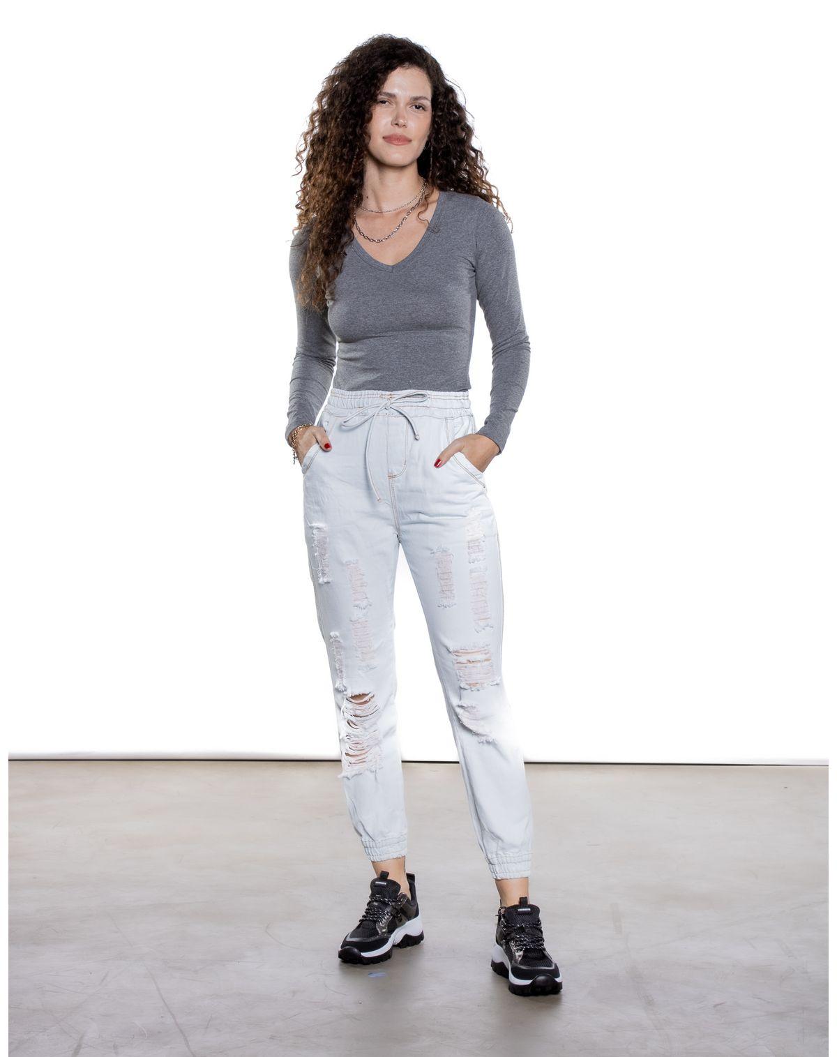 592430006-calca-jeans-clara-jogger-feminina-destroyed-jeans-claro-46-b3b