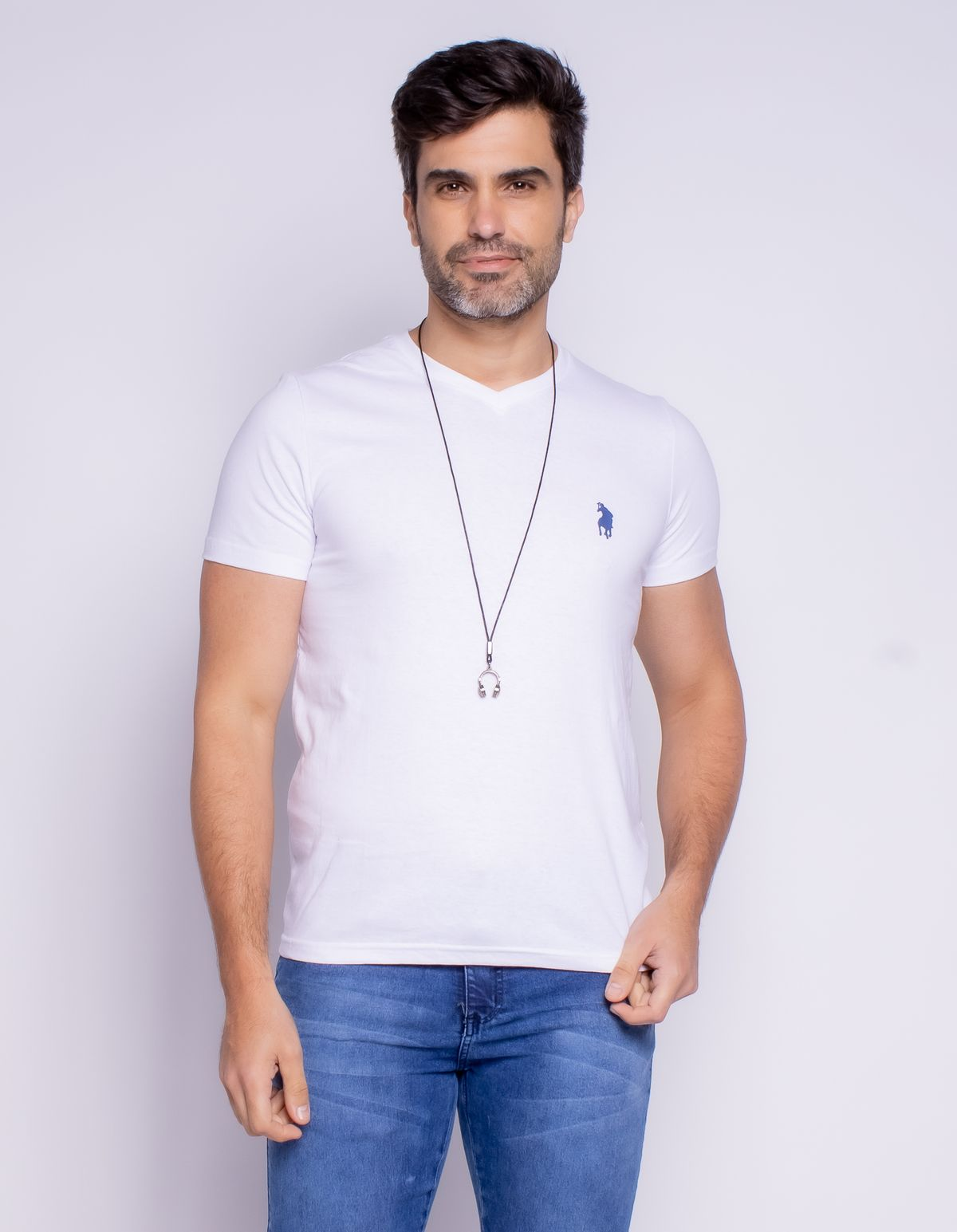 511521005-camiseta-manga-curta-basica-masculina-gola-v-branco-p-ac5